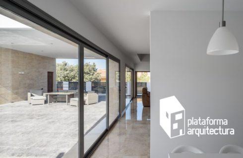 Uno de nuestros proyectos, la Casa L, entre las 12 obras españolas más populares de 2017 en Plataforma de Arquitectura.
